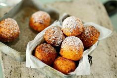 Szuperfinom túrófánk | Street Kitchen Sweet Desserts, Sweet Life, Cake Cookies, Cake Recipes, Food And Drink, Sweets, Snacks, Baking, Breakfast
