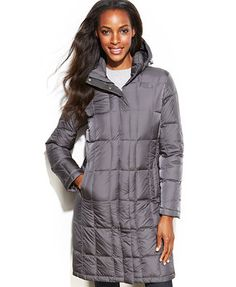 The North Face Hooded Metropolis Down Coat- I need this for this winter!!! Stupid Indiana weather :(