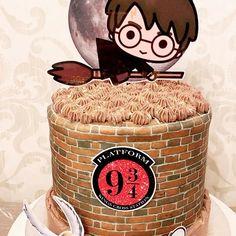 Happy Birthday Boy, Daughter Birthday, 1st Birthday Girls, Birthday Harry Potter, Harry Potter Cake, Mario Birthday Party, Super Mario Party, Birthday Cake Toppers, Hogwarts