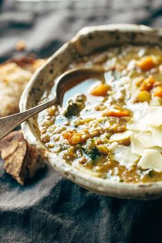 Detox Crockpot Lentil Soup - a nourishing and easy soup recipe made with onions, garlic, carrots, ka Lentil Soup Recipes, Easy Soup Recipes, Vegetarian Recipes, Healthy Recipes, Lentil Detox Soup, Crock Pot Lentil Soup Recipe, Paleo Lentils Recipe, Healthy Lentil Soup, Dinner Recipes