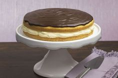 Boston Creme Pie from Kraft Foods Kraft Foods, Kraft Recipes, Quick Recipes, Delicious Recipes, Just Desserts, Dessert Recipes, Bon Dessert, Cream Pie Recipes, Snack