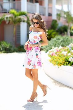 Southern Curls & Pearls: The Perfect Floral Dress...