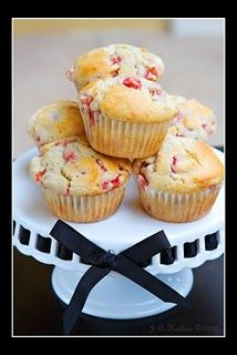 Strawberry Muffins - Very good!  Make again, yeah theres butter, but they are so moist we didnt add any butter to them later :D