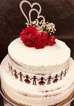 Îți dorești un tort unic și original pentru momentul tău special? 😍 Cupcake Shops, Cupcake Boxes, Unic, Chocolate Shop, Candy Boxes, Grocery Store, Catering, Buffet, Artisan
