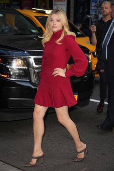 Chloe Grace Moretz gorgeous legs are shapely in a little red dress and mule style high heels Chloe Grace Moretz, Young Celebrities, Celebs, Celebrity Dresses, Celebrity Style, Chloé Moretz, Little Red Dress, Chloe Dress, Emily Bett Rickards