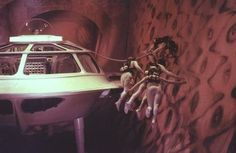 Fantastic Voyage (1966) Fantastic Voyage, Sci Fi Films, Small World, Science Fiction, How To Memorize Things, Cinema, Adventure, Movies, Retro