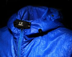 NEW BLUE GOGGLE SUMMER JACKET FROM C.P COMPANY. CLICK TO VIEW: