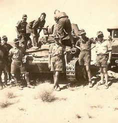 D.A.K Italian tank Italian Empire, Italian Army, North African Campaign, Afrika Korps, National History, Ww2 History, Nuclear War, Ww2 Tanks, Military Equipment