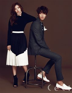 Kim Young Kwang and Jung So Min for Ceci magazine September Issue Couple Posing, Couple Portraits, Couple Shoot, Korean Couple Photoshoot, Pre Wedding Photoshoot, Eduardo E Monica, Kim Young Kwang, Portrait Photos, Couples Modeling