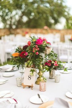 Ever Wonder What A Bohemian Carrie Bradshaw Wedding Might Look Like Tall Centerpieceswedding Flower Arrangementsreception Decorationle