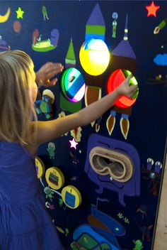 Interactive panel for kids in Regional Museum in Stalowa Wola. Design by Karolina Perrin KarekDesign.com