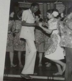 Welcome to Nonsoloaded's blog: See Throw Back Photo of Baba Dancing with a Lady M...