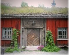 Norway http://www.gamletrehus.no/articles.php?p=1&id=7