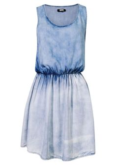 http://bikbok.com/no/Categories/Collection/Dresses/L-Dress/DW-Sweet-Denim/p/7138554-510-Blue