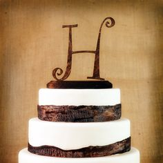 Our rustic wooden monogram cake topper is a perfect touch for your woodland, nature, fairytale wedding. Each cake topper is meticulously crafted to suit your rustic theme. After your event, it's a memorable keepsake! Great as a gift too!