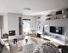 Wat een #woonkamer! Wij houden ervan, jullie ook? | Link in bio l * * * * Credits: @kajastef + @skagerak_denmark * * * * #interiorstyling #interior4all #interiorstyled #interiordesign #designinterior #livingroomdecor #scandinavianhomes #scandinaviandesign #interior4you1 #dream_interiors #interior123 #scandinavianhome #nordichome #nordicdesign #interior9508 #futurenordichome #homedecor #woonaccessoires #scandicinterior #dreams_interior #interior4you1 #donderdag #thursday