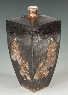 4-sided Satsuma vase - Kinkozan - Meiji Period