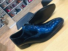 Shine your way Men's Collection, Leather Boots, Chelsea Boots, Chloe, Ankle, Shopping, Fashion, Leather Booties, Moda