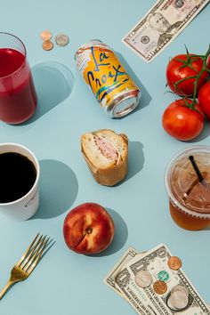 A florist and flower farmer who loves coffee and produce tracks her spending for a week for Man Repeller's Money Diary Series. Food Graphic Design, Food Design, Easy Snacks, Healthy Snacks, Amazing Food Photography, Photo Food, Modern Food, Aesthetic Food, Junk Food