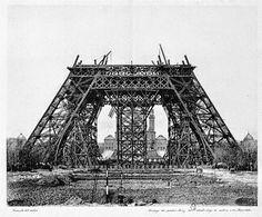 De bouw van de Eiffeltoren.
