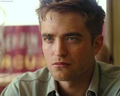 Robert Pattinson, More casting news: Sienna Miller. King Robert, Robert Douglas, Robert Pattinson Movies, Water For Elephants, Bae, Look Girl, Edward Cullen, Young Actors, Interesting Faces