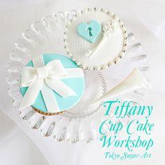 Tiffany Cup Cake Sugar Art, Tiffany, Cookies, Tableware, Cake, Desserts, Food, Tokyo, Crack Crackers