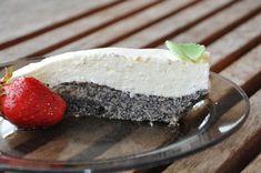 Makovo - tvarohová torta bez múky Cheesecake, Pudding, Desserts, Food, Tailgate Desserts, Deserts, Cheesecakes, Custard Pudding, Essen
