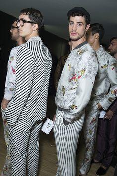 Backstage at Dolce and Gabbana Menswear Spring/Summer 2016 in Milan | Vogue Paris