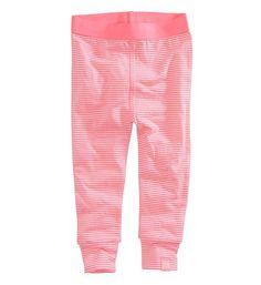 Z8 legging Libby in een pink/wit streepdessin. Comfy legging in een fijne katoenkwaliteit met stretch en een elastische tailleband.
