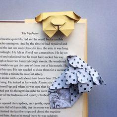 segnalibri | bookmarks Bookmark Craft, Diy Bookmarks, Corner Bookmarks, Origami Bookmark, Dog Crafts, Oragami, Paper Folding, Paper Design, Paper Goods