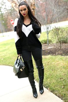 Youtube beauty @carlibybel in Nasty Gal Abstract Black and White Sweater || #NastyGalsDoItBetter > http://www.thebeautybybel.com/2014/12/sweater-weather-3-outfit-ideas.html Winter Wear, Fall Winter Outfits, Autumn Winter Fashion, Casual Winter, Fall Fashion, Passion For Fashion, Love Fashion, Fashion Outfits, Womens Fashion