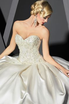 Impression Bridal Store | Find the perfect Wedding Dress, Bridesmaid Dress, Prom Dress, Flower Girl Dress or Mother of the Bride Dress at Impression Bridal Store located at Houston Galleria, Baybrook, San Antonio, Oklahoma, Tulsa and Toronto