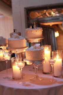Wedding Cake Recipes Check out this low cost DIY Wedding Cake. - Check out this low cost DIY Wedding Cake. Wedding Cake Display, Diy Wedding Cake, Floral Wedding Cakes, Wedding Cake Stands, Beautiful Wedding Cakes, Wedding Cake Designs, Wedding Cupcakes, Perfect Wedding, Our Wedding