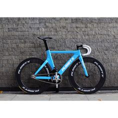 // fixed gear // planet x // I have one just like this :D but without the wheels