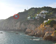 Talaran 6 hectáreas en La Quebrada de Acapulco - http://notimundo.com.mx/acapulco/talaran-mas-de-6-hectareas-en-la-quebrada-acapulco-guerrero/9941
