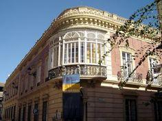 modernista building in Almería  (photo: Robert Bovington)