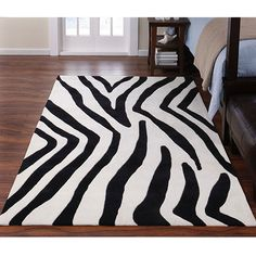 little E's new rug.  Bold, right?!?!