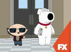 Brian publica um livro de autoajuda que em seguida o leva à fama. Stewie estará a altura das circunstâncias?   Uma Família da Pesada – De segunda a quinta, às 00h   #UmaFamiliaDaPesada Confira conteúdo exclusivo no www.foxplay.com