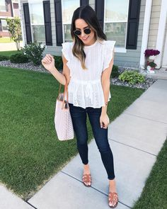 Received a crazy amount of compliments on this pretty Chicory Lane Boutique top ., Spring Outfits, Received a crazy amount of compliments on this pretty Chicory Lane Boutique top today! 😊 I shared more of it on my insta story today and…. Casual Fall Outfits, Classy Outfits, Pretty Outfits, Spring Outfits, Mode Outfits, Fashion Outfits, Fashion Tips, Spring Summer Fashion, Autumn Fashion