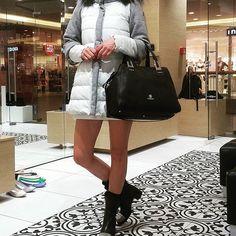 #ootd#kurtka#kolnierz #z #krolik#torba#buty#baldinini#instalook#instagood#cute#beauty#polishgirl#casual#street#luxury#wroclaw#renoma Cudna kurtka BALDININI z ODPINANYMI rękawami