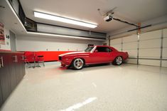 Convert Your Garage into a Man Cave - Man Cave Home Bar Garage Loft, Garage Shop, Diy Garage, Garage Workshop, Dream Garage, Garage Ideas, Garage Pictures, Garage Floor Plans, Cool Garages