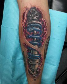 Amazing 3d Tattoos, Cool Tattoos, Calve Tattoo, Biomechanical Tattoo, Tattoo Artists, Blood, Instagram, Tatuajes, Biomechanical Tattoos