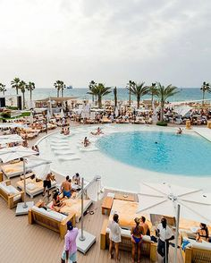 The Dubai Restaurant Guide: Nikki Beach Club's indoor-outdoor restaurant