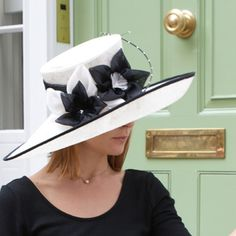 If I ever had to wear a hat... it would be something like this...