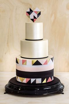 graphical cake by /Fundraiser and Special Event Inspiration /Art Deco/fall Fundraiser Inspiration