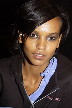Liya Kebede (November 2003 - March - Page 109 - the Fashion Spot Liya Kebede, Dior Haute Couture, Dress Codes, Girly Girl, Fashion Show, November, People, Model, How To Wear