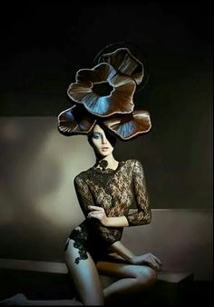 Avant Garde love the hat Crazy Hair, Big Hair, Creative Hairstyles, Cool Hairstyles, Fashion Art, Editorial Fashion, Beauty Editorial, High Fashion, Angelo Seminara
