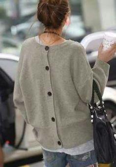 Pullover (Knöpfe hinten)