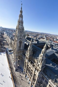 Vienna town hall with ice skating rink | European destinations for all seasons