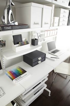 Ordinaire White Elfa Décor Freestanding Office